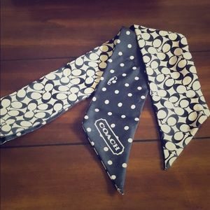Coach neck scarf